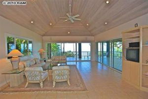 Makena beachfront house (4)